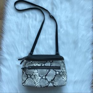 Ash Snake Embodied Shoulder Strap Bag